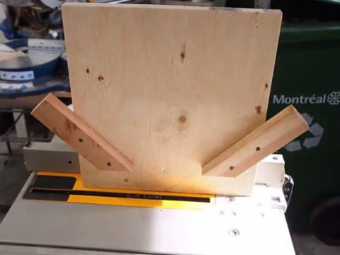 simple corner spline jig